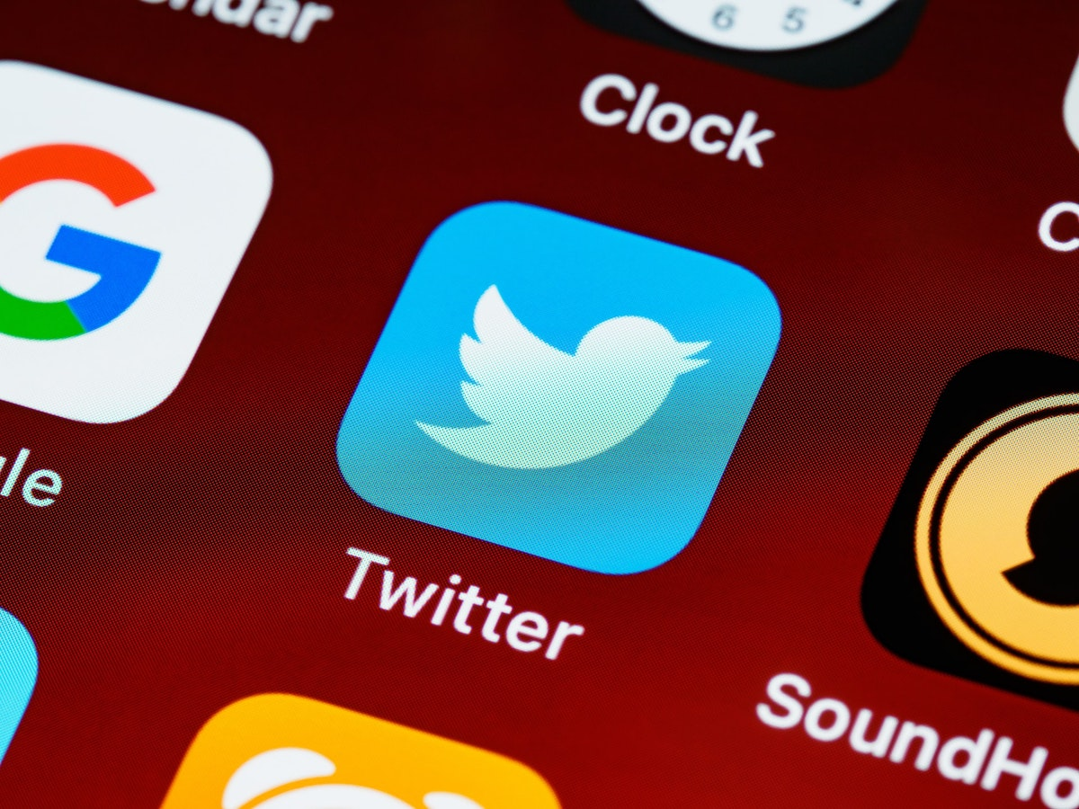 How to mute users on Twitter while still following them