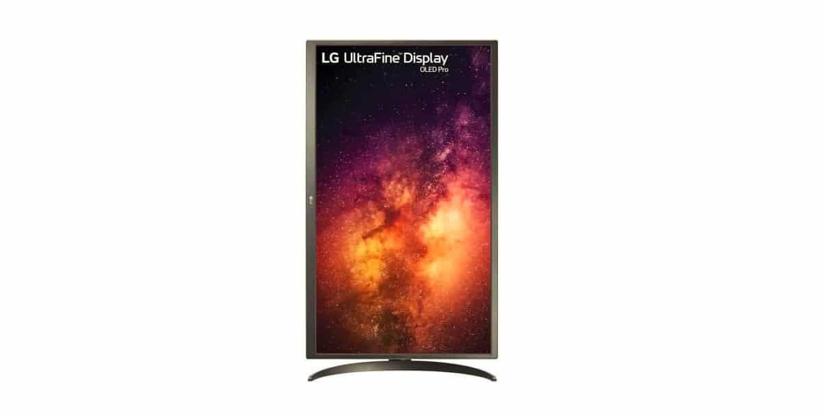 LG ultrafine 4K OLED 32 inches