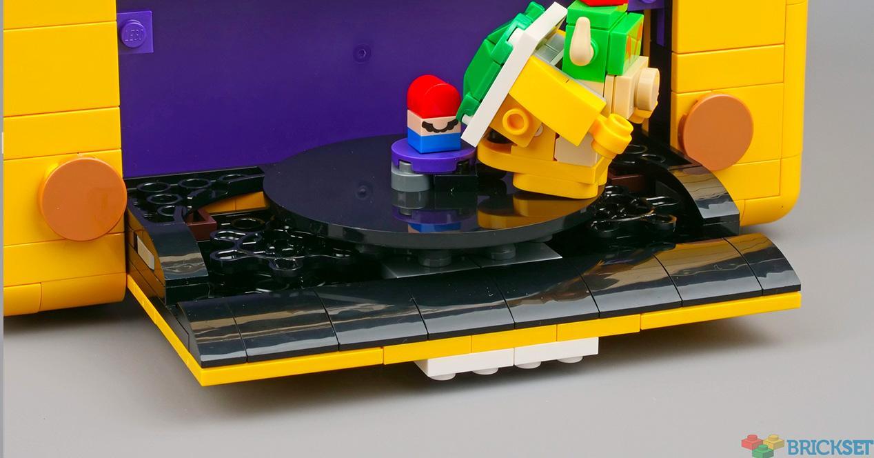 LEGO cube Mario Bowser
