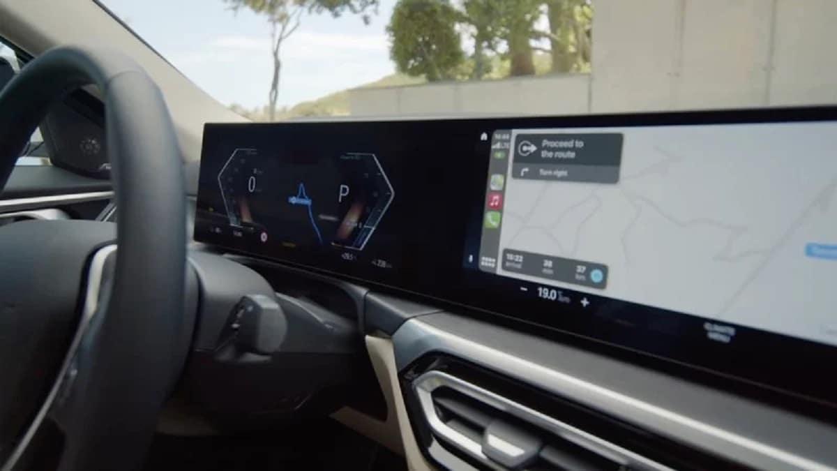CarPlay on BMW i4